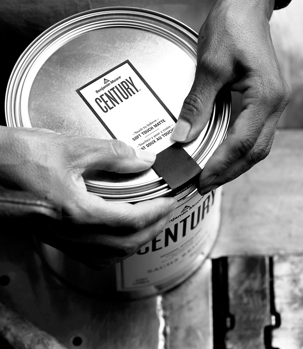 From the careful production of every colour, to the application of the can's signature seal – a team of craftsmen bring Century to life.