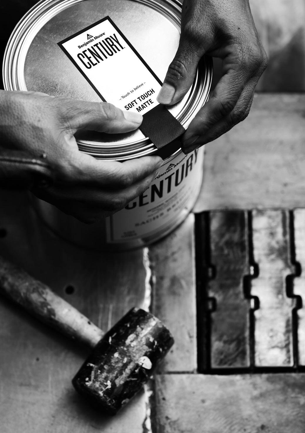 From the careful production of every color, to the application of the can's signature seal – a team of craftsmen bring Century to life.